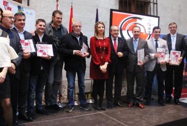 La Academia Castellana y Leonesa de Gastronomía y alimentación entrega al Torrezno de Soria el premio al mejor producto agroalimentario 2014