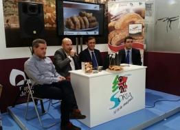 Presentación de la Marca de Garantía Torrezno de Soria en INTUR